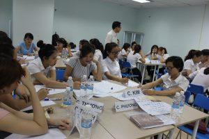 dao tao TNG14 300x200 Chương trình đào tạo Kỹ Năng Giao Tiếp Bán Hàng cho Tập đoàn TNG
