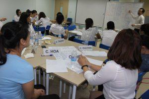 dao tao TNG18 300x200 Chương trình đào tạo Kỹ Năng Giao Tiếp Bán Hàng cho Tập đoàn TNG