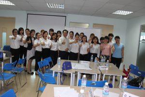 dao tao TNG21 300x200 Chương trình đào tạo Kỹ Năng Giao Tiếp Bán Hàng cho Tập đoàn TNG