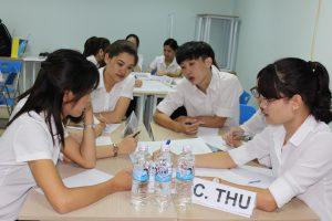 dao tao TNG5 300x200 Chương trình đào tạo Kỹ Năng Giao Tiếp Bán Hàng cho Tập đoàn TNG
