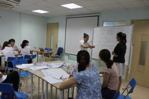 dao tao TNG8 300x200 Chương trình đào tạo Kỹ Năng Giao Tiếp Bán Hàng cho Tập đoàn TNG
