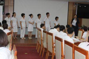 ky nang giao tiep xu ly tinh huong lan 810 300x200 Chương trình đào tạo Kỹ Năng Giao Tiếp Và Xử Lý Tình Huống lần thứ 8 cho Bệnh Viên Trung Ương Quân Đội 108