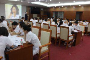 ky nang giao tiep xu ly tinh huong lan 85 300x200 Chương trình đào tạo Kỹ Năng Giao Tiếp Và Xử Lý Tình Huống lần thứ 8 cho Bệnh Viên Trung Ương Quân Đội 108