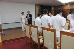 ky nang giao tiep xu ly tinh huong lan 88 300x200 Chương trình đào tạo Kỹ Năng Giao Tiếp Và Xử Lý Tình Huống lần thứ 8 cho Bệnh Viên Trung Ương Quân Đội 108