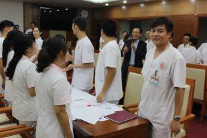 ky nang giao tiep xu ly tinh huong lan 89 300x200 Chương trình đào tạo Kỹ Năng Giao Tiếp Và Xử Lý Tình Huống lần thứ 8 cho Bệnh Viên Trung Ương Quân Đội 108