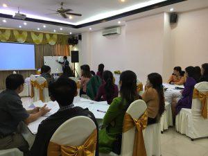 IMG 0597 300x225 Đào Tạo Kỹ Năng Bán hàng và chăm sóc khách hàng chuyên nghiệp Cho VCCI Đà Nẵng