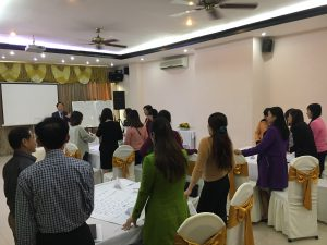 IMG 0600 300x225 Đào Tạo Kỹ Năng Bán hàng và chăm sóc khách hàng chuyên nghiệp Cho VCCI Đà Nẵng