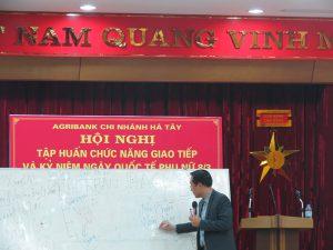 IMG 0200 300x225 Đào Tạo Kỹ Năng Giao Tiếp và Phục Vụ Khách Hàng Cho Agribank Hà Tây, Hà Nội