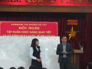 IMG 0202 300x225 Đào Tạo Kỹ Năng Giao Tiếp và Phục Vụ Khách Hàng Cho Agribank Hà Tây, Hà Nội
