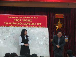 IMG 0204 300x225 Đào Tạo Kỹ Năng Giao Tiếp và Phục Vụ Khách Hàng Cho Agribank Hà Tây, Hà Nội