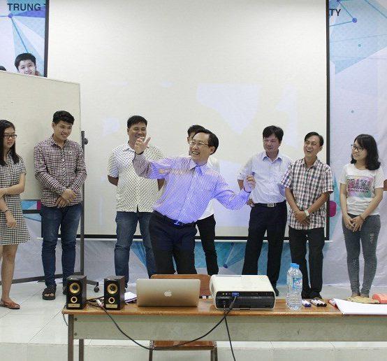 Đào tạo Public: Kỹ năng giao tiếp và thuyết trình tại Hồ Chí Minh ngày 25/03/2017