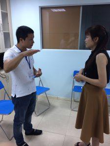 dao tao ky nang giao tiep thuyet trinh ha noi7 225x300 Đào tạo Public: Kỹ năng giao tiếp và thuyết trình tại Hà Nội Ngày 17, 18/06/2017