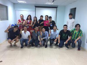 dao tao ky nang giao tiep thuyet trinh ha noi9 300x225 Đào tạo Public: Kỹ năng giao tiếp và thuyết trình tại Hà Nội Ngày 17, 18/06/2017
