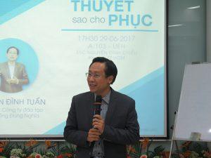 dao tao ky nang thuyet 1 300x225 Chương trình đào tạo  Thuyết Sao Cho Phục Cho CLB Nhân Sự của Trường Đại Học Kinh Tế TPHCM