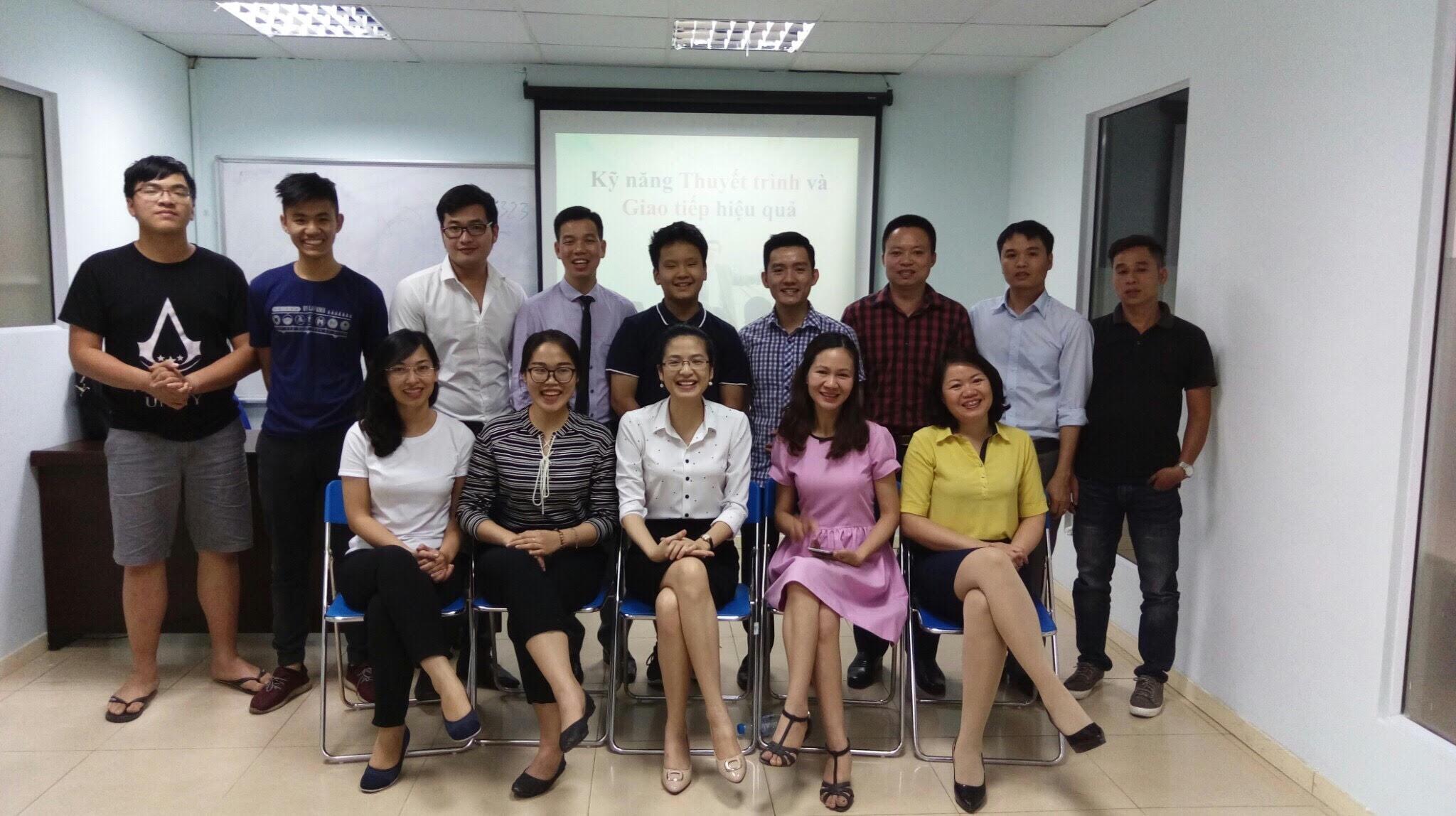 Đào tạo Public: Kỹ năng giao tiếp và thuyết trình tại Hà Nội ngày 27/05/2017