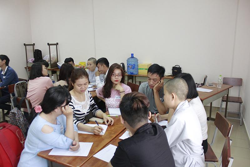dao-tao-ky-nang-giao-tiep-thuyet-trinh-14