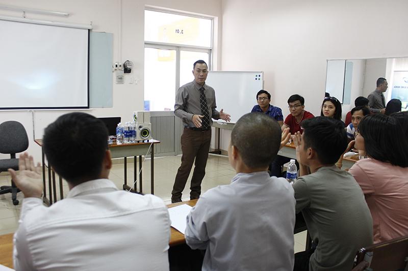 Đào tạo Public: Kỹ năng giao tiếp và thuyết trình tại Hồ Chí Minh Ngày 15, 16/07/2017