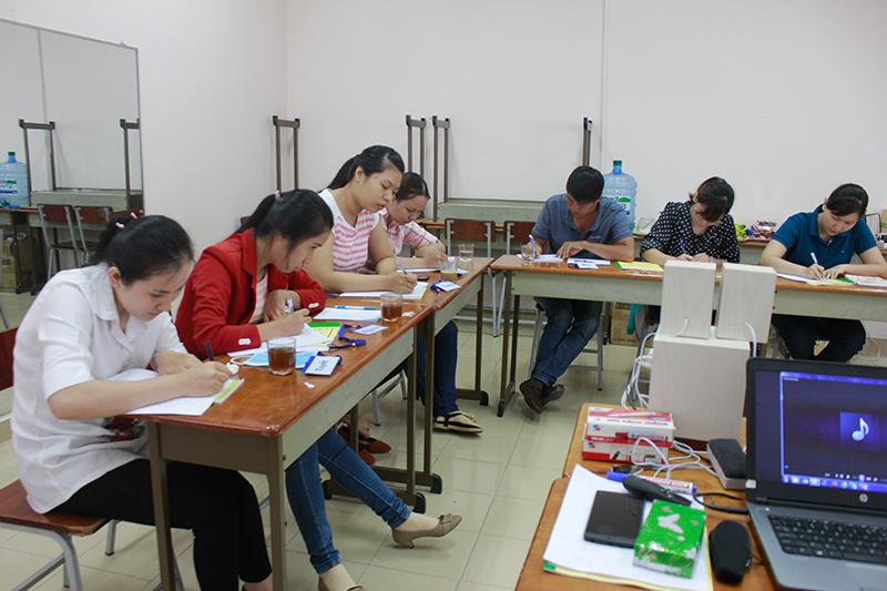 dao-tao-ky-nang-ban-hang-cskh-hieu-qua-hcm5