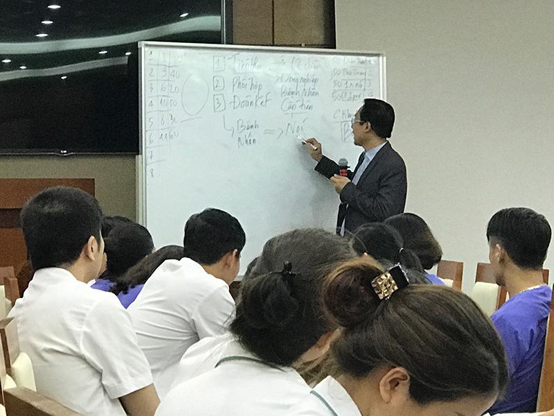 dao-tao-ky-nang-cho-benh-vien-trung-uong-108-lop-15