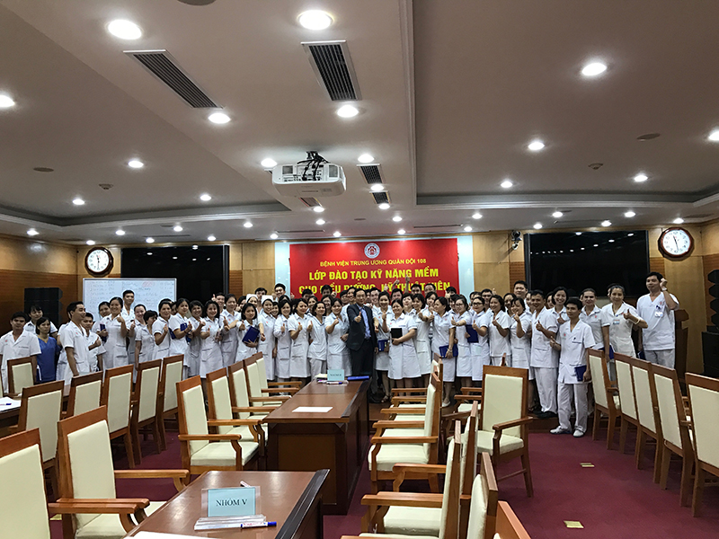 dao-tao-ky-nang-cho-benh-vien-trung-uong-108-lop-26
