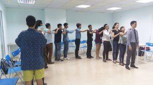 dao tao ky nang giao tiep thuyet trinh ha noi 09 093 300x168 Đào tạo Public: Kỹ năng giao tiếp và thuyết trình tại Hà Nội