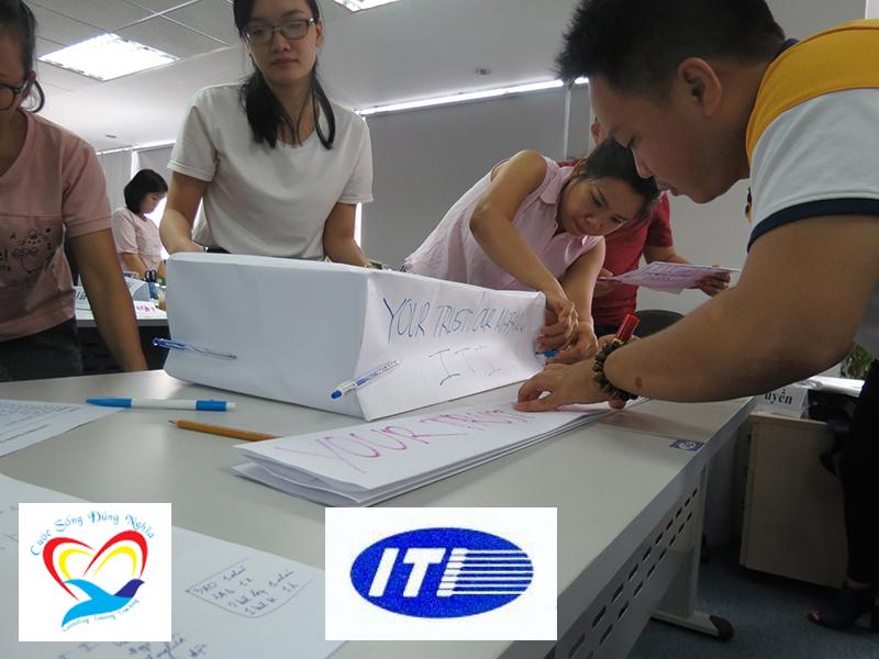 dao tao ky nang to chuc cong viec iti9 copy Chương trình đào tạo cho Công Ty TNHH Vận Tải Quốc Tế I.T.I Lần 2