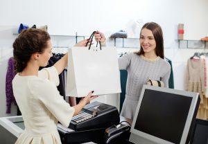 Retailers Consumers Differ On Brick And Mortar 300x208 Giữ vững tinh thần trước lời từ chối của khách hàng
