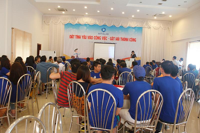 dao tao ky nang dat tinh yeu vao cong 1 Chương trình đào tạo cho Công Ty TNHH Thiết Bị Minh Tâm