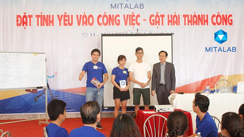 dao tao ky nang dat tinh yeu vao cong 16 Chương trình đào tạo cho Công Ty TNHH Thiết Bị Minh Tâm