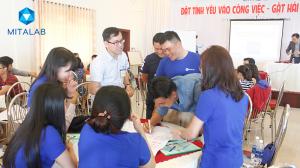 dao tao ky nang dat tinh yeu vao cong 6 300x168 Chương trình đào tạo cho Công Ty TNHH Thiết Bị Minh Tâm