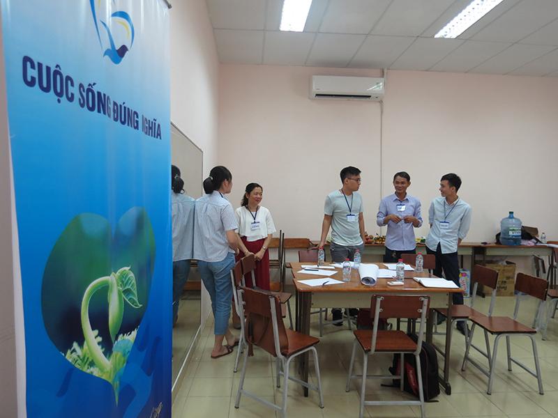 """dao tao ky nang giao tiep thuyet phuc mobifone lop35 Đào tạo public: """"Kỹ Năng Giao Tiếp Và Thuyết Trình Thuyết Phục"""" tại Hồ Chí Minh Tháng 12"""
