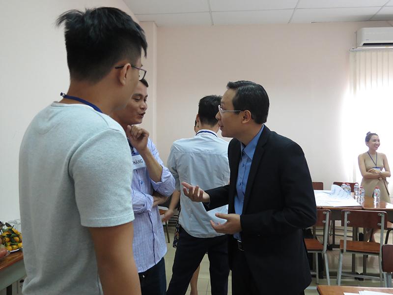 """dao tao ky nang giao tiep thuyet phuc mobifone lop38 Đào tạo public: """"Kỹ Năng Giao Tiếp Và Thuyết Trình Thuyết Phục"""" tại Hồ Chí Minh Tháng 12"""