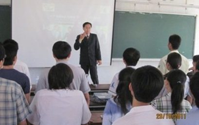 Đào Tạo Kỹ Năng Cho Sinh Viên Đại Học Bách Khoa