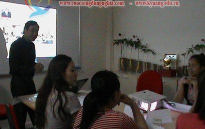 Đào Tạo Kỹ Năng Giao Tiếp Và Bán Hàng Cho Trường Xuân Thịnh