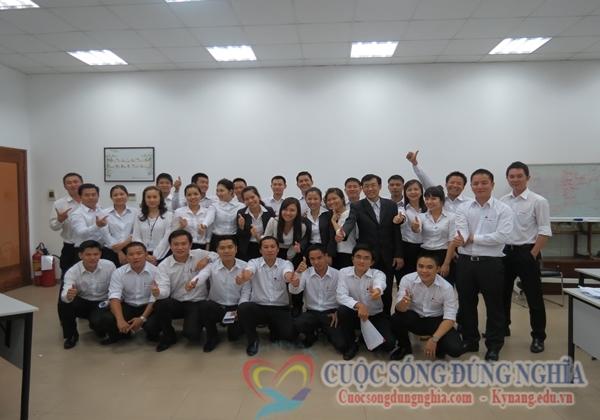 Đào Tạo Kỹ Năng Bán Hàng Chuyên Nghiệp Cho Toyota lần 2