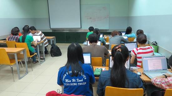Chuỗi Chương trình : Kỹ năng giao tiếp, Kỹ năng viết CV và Kỹ năng phỏng vấn – tuyển dụng tại ĐH FPT