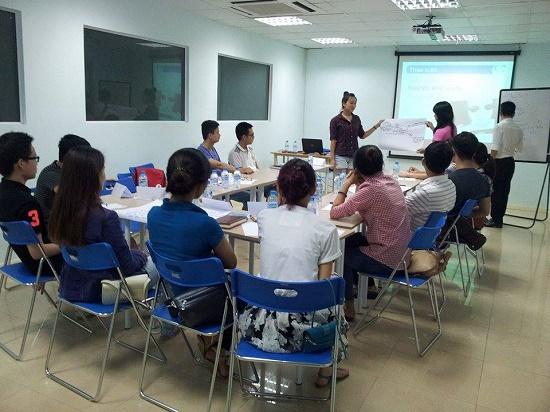 Chương trình đào tạo Kỹ năng Giao tiếp và Thuyết trình tại Hà Nội