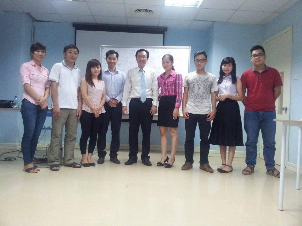 """Đào tạo """"Kỹ năng Giao tiếp và Trình bày thuyết phục"""" tại Hà Nội"""