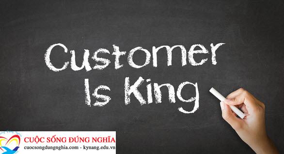 Những kỹ năng giao tiếp với khách hàng trong kinh doanh cần biết để thành công