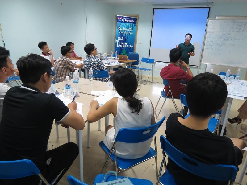 """Đào Tạo Public """"Kỹ năng giao tiếp và Thuyết trình"""" tại Hà Nội khóa 25-06-2016"""