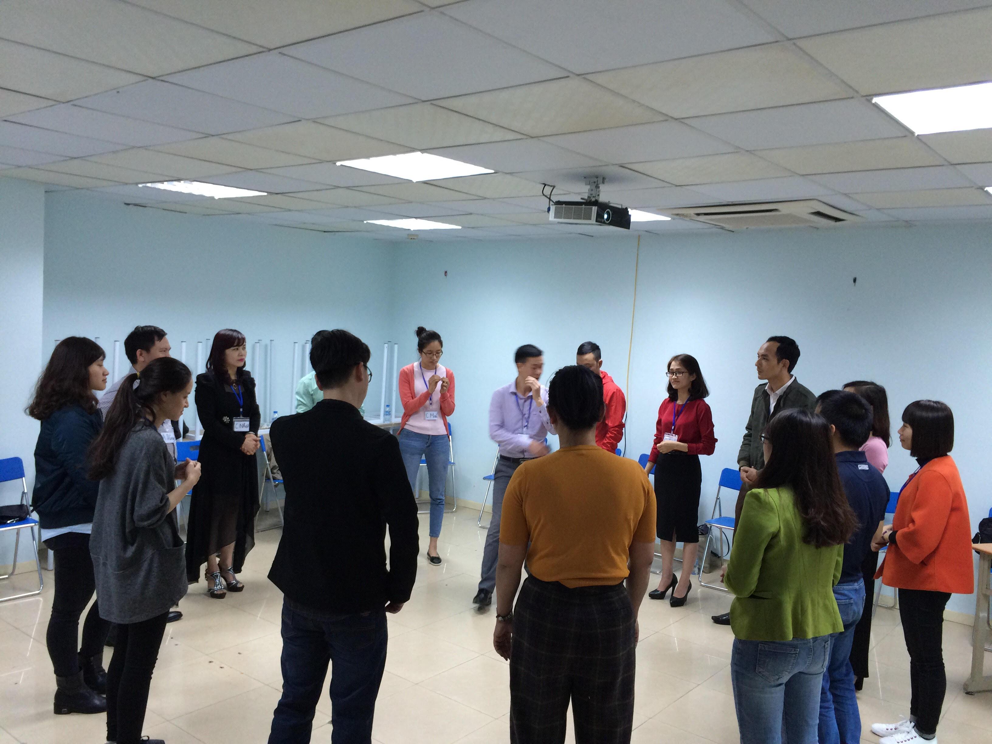 Đào tạo Public: Kỹ năng giao tiếp và thuyết trình tại Hà Nội ngày 18/02/2017