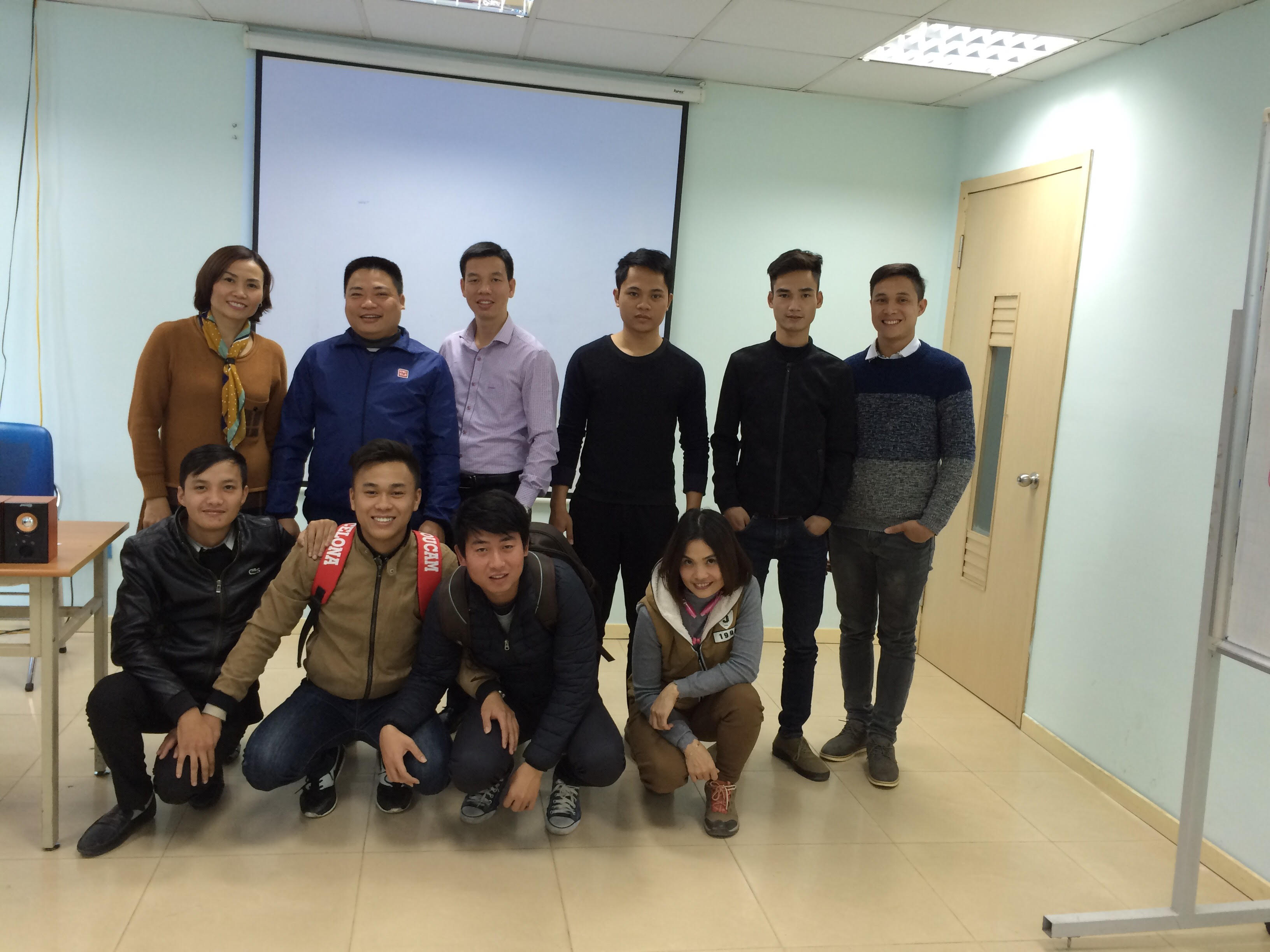 """Đào Tạo Public Hà Nội: """"Kỹ năng bán hàng và Chăm sóc khách hàng"""" Khóa 25-2-2017"""