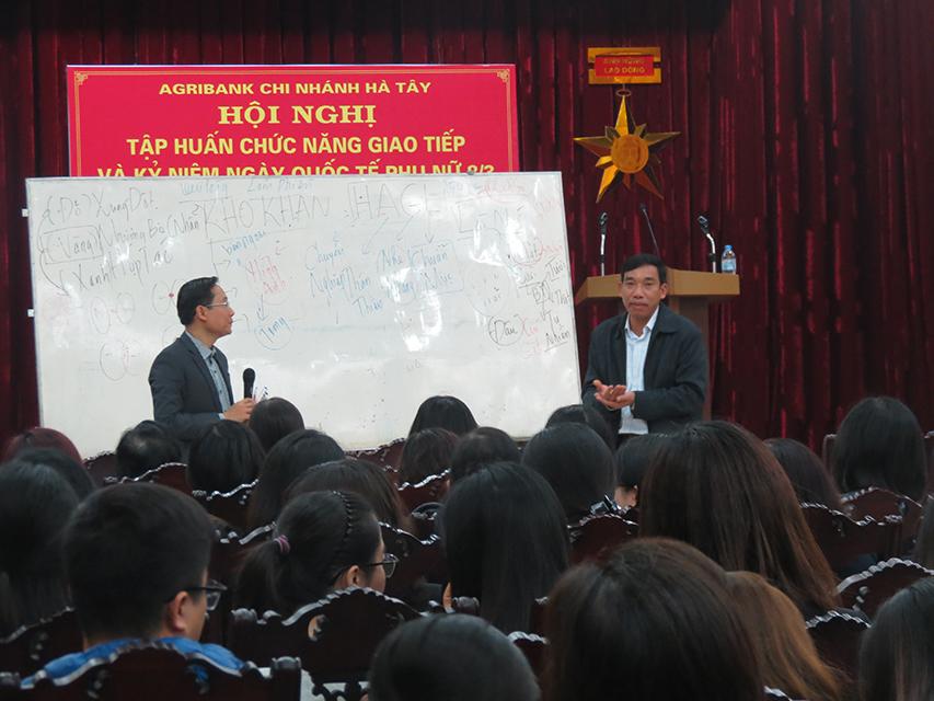 """Đào Tạo """"Kỹ Năng Giao Tiếp và Phục Vụ Khách Hàng"""" Cho Agribank Hà Tây, Hà Nội"""