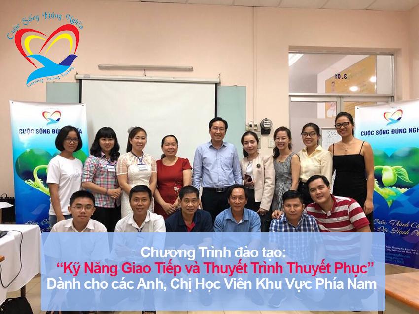 """Đào tạo public: """"Kỹ Năng Giao Tiếp và Thuyết Trình Thuyết Phục"""" tại Hồ Chí Minh"""