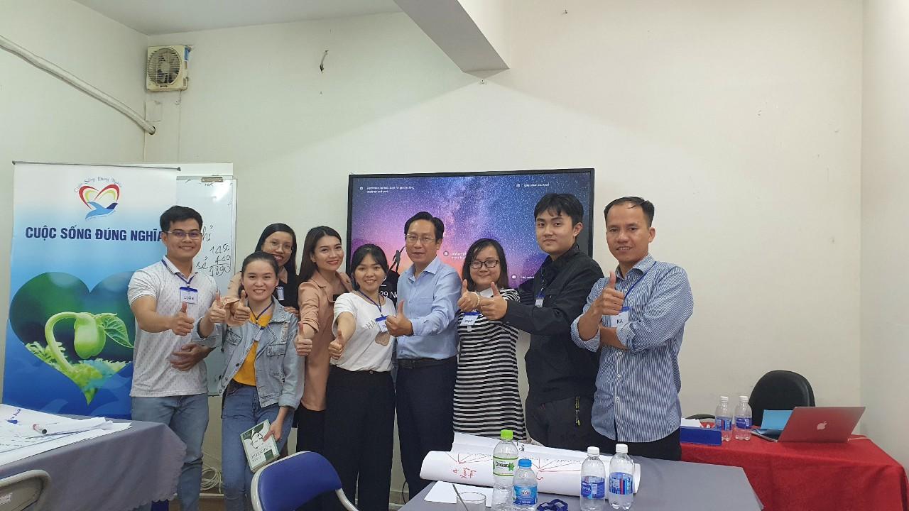 """Đào tạo public: """"kỹ năng giao tiếp thuyết trình thuyết phục"""" tại Hồ Chí Minh tháng 11"""